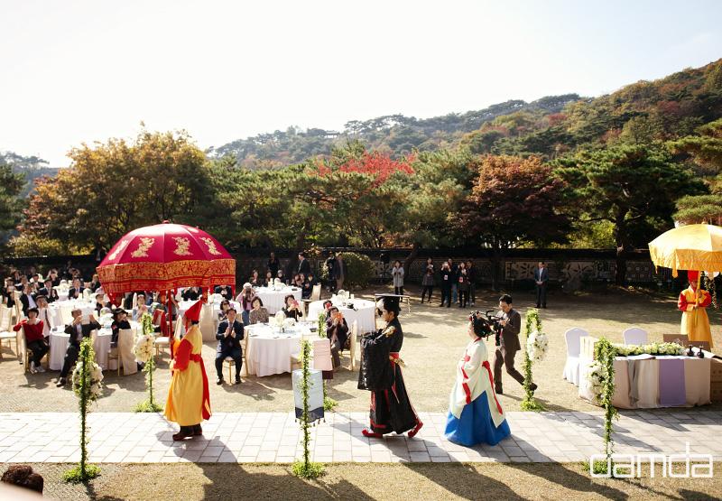 채림-담다스튜디오-결혼-삼청각-0004.jpg